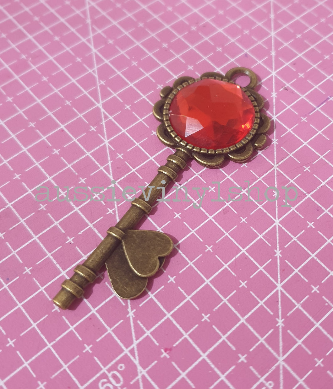 VALENTINES METAL HEART KEY -