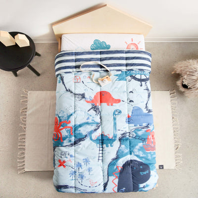 Couverture Dino réversible pour lit d'enfant || Reversible Dino Blanket for Kid Beds