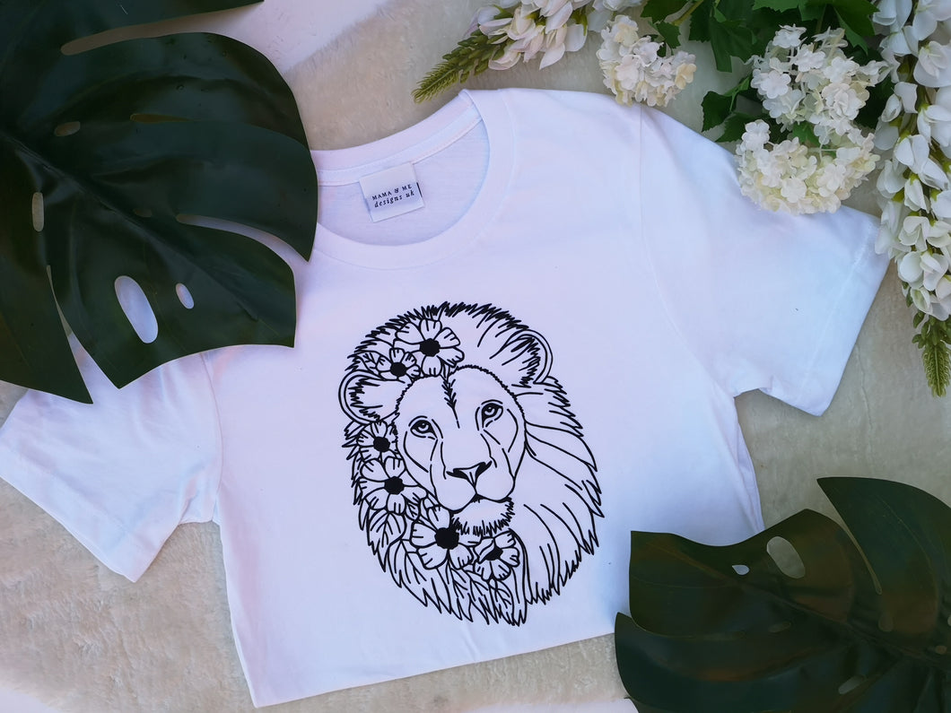 Hand Made Beautiful Lion Adults T-Shirt Sizes 8-20