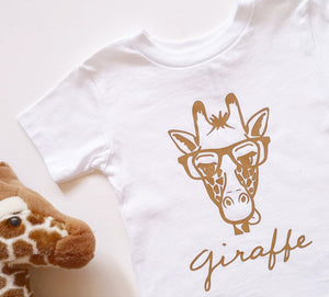 Hand Made Clever Giraffe T-Shirt From 0-3 Months to 5 years