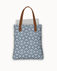 Diamonds Urban Tote Bag