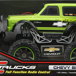 Burn up the Road With Action Packed and Stylish New Bright 1:24 Scale Chevy Blazer RC Trucks - Green,Playtime Just Got More Fun,Perfect Gift for Boys