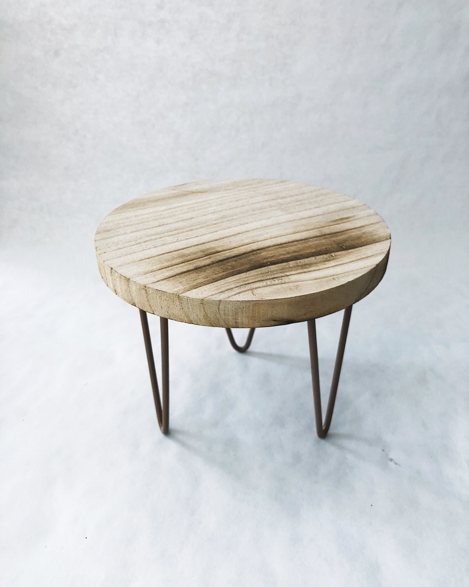 Wooden stand (small)