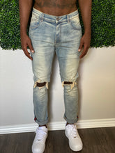 Load image into Gallery viewer, Stone Washed Jeans