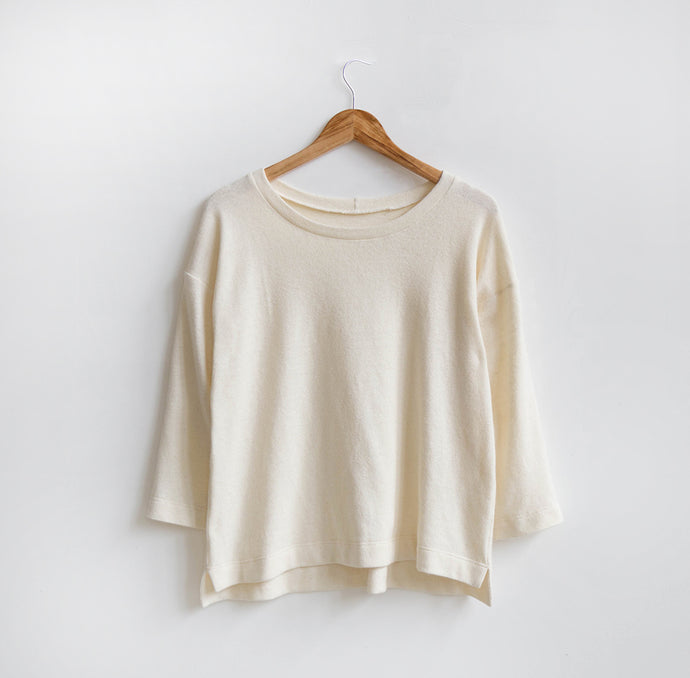 Hemlock Variation 01: Split Hem Sweater