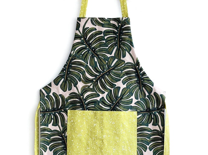 Free Apron Pattern & Tutorial