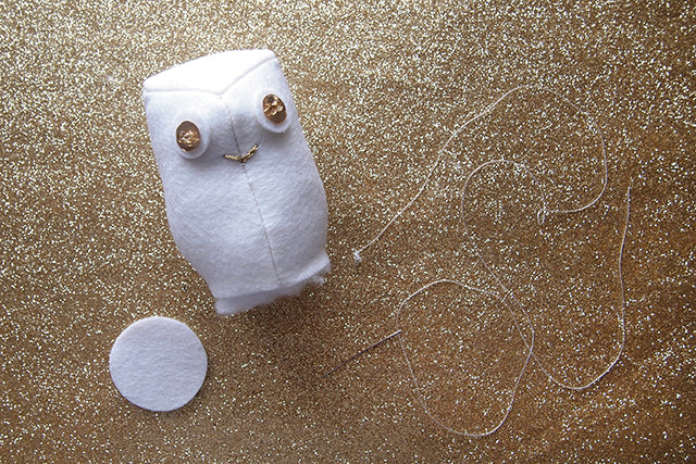Free Snowy Owl Ornament Pattern | Grainline Studio