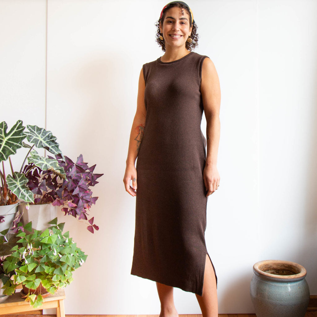 A Sleeveless Midi-Length Lark Tee Dress | Grainline Studio
