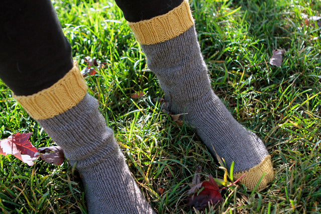 Autumn Wardrobe | Autumn Socks | Grainline Studio