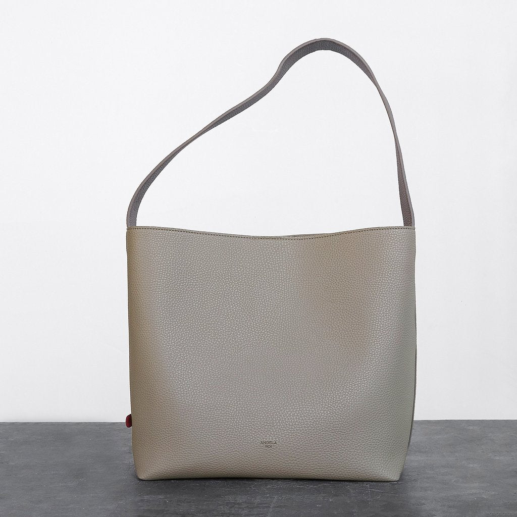 Jane Shoulder Bag with Signet in Light Mud Grey