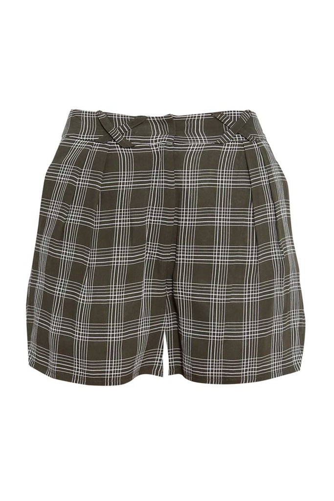 Delores Haze eco-friendly Donna shorts, front view