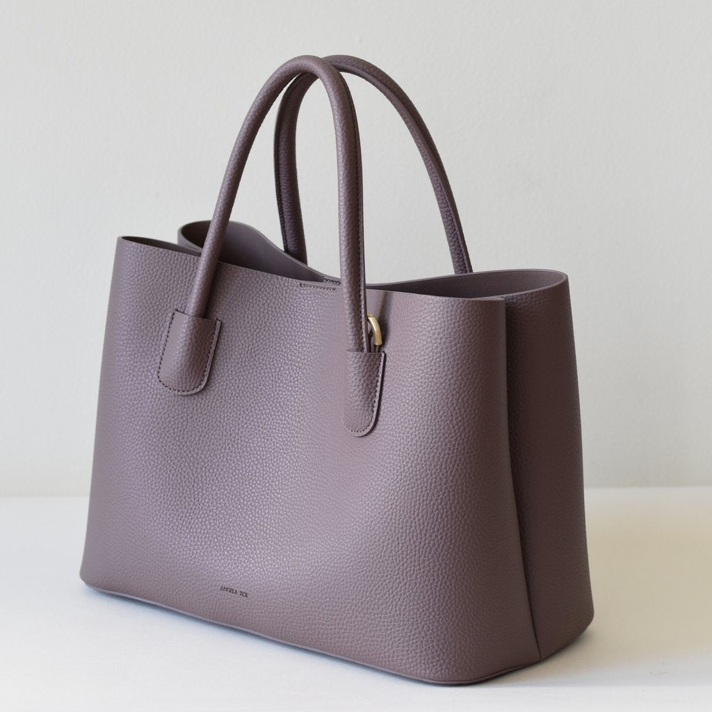 Cher Tote with Signet in Ash Rose