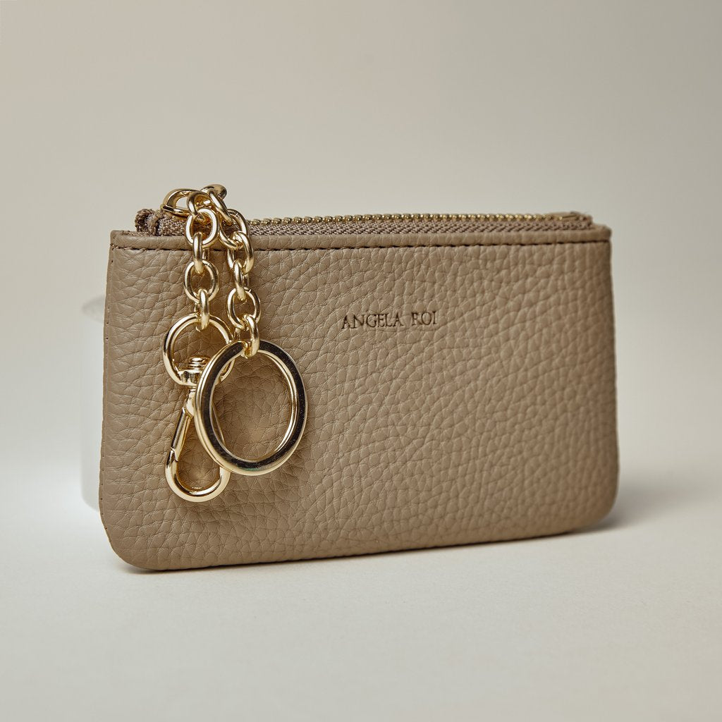 Zuri Card Pouch in Light Mud Gray