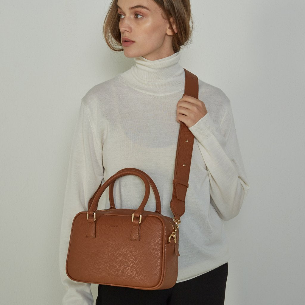 Barton Duffle Tote in Brown