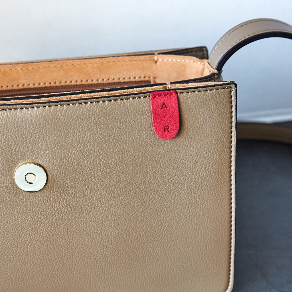 Hamilton Crossbody with Signet in Mud Beige