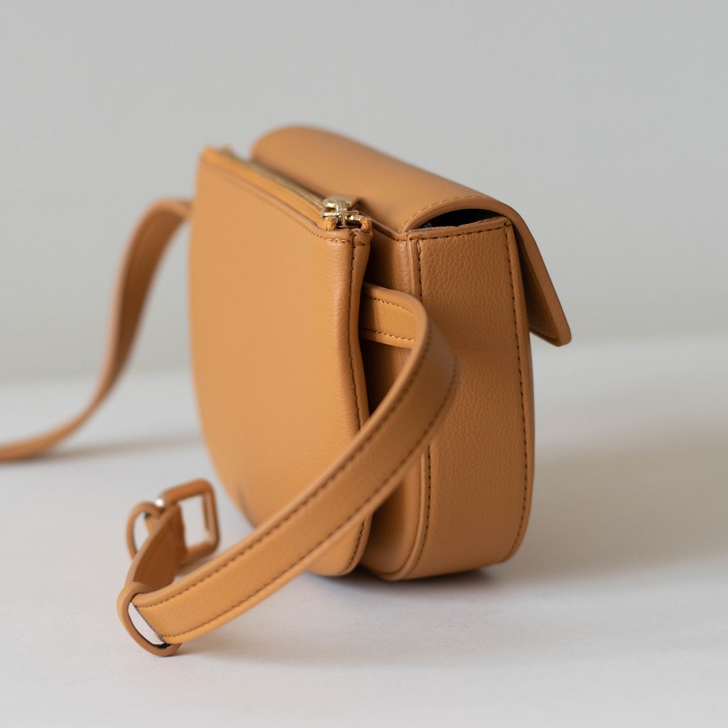 Hamilton Belt Bag / Cross-body in Mustard side view