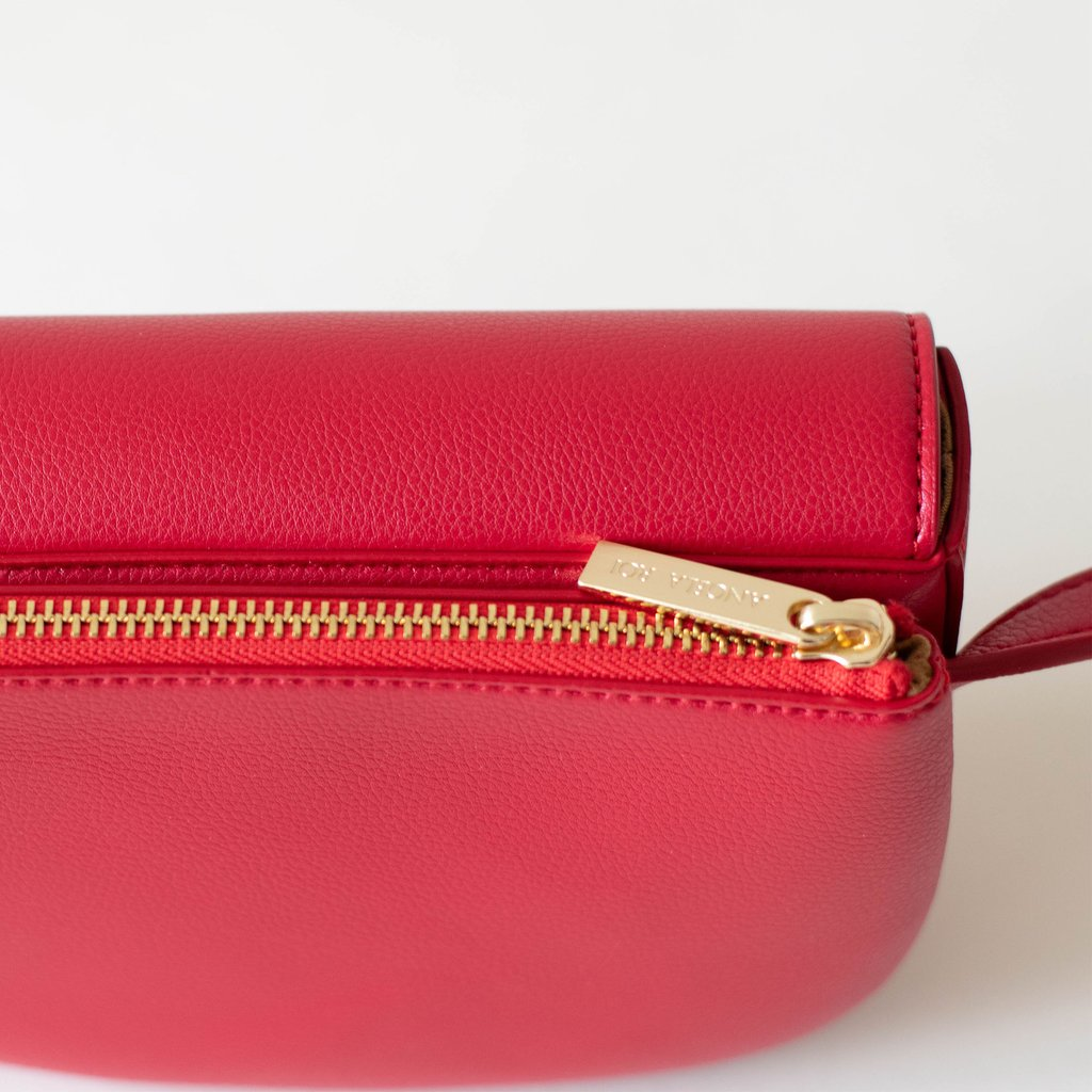 Hamilton Belt Bag / Cross-body in Red pocket closed