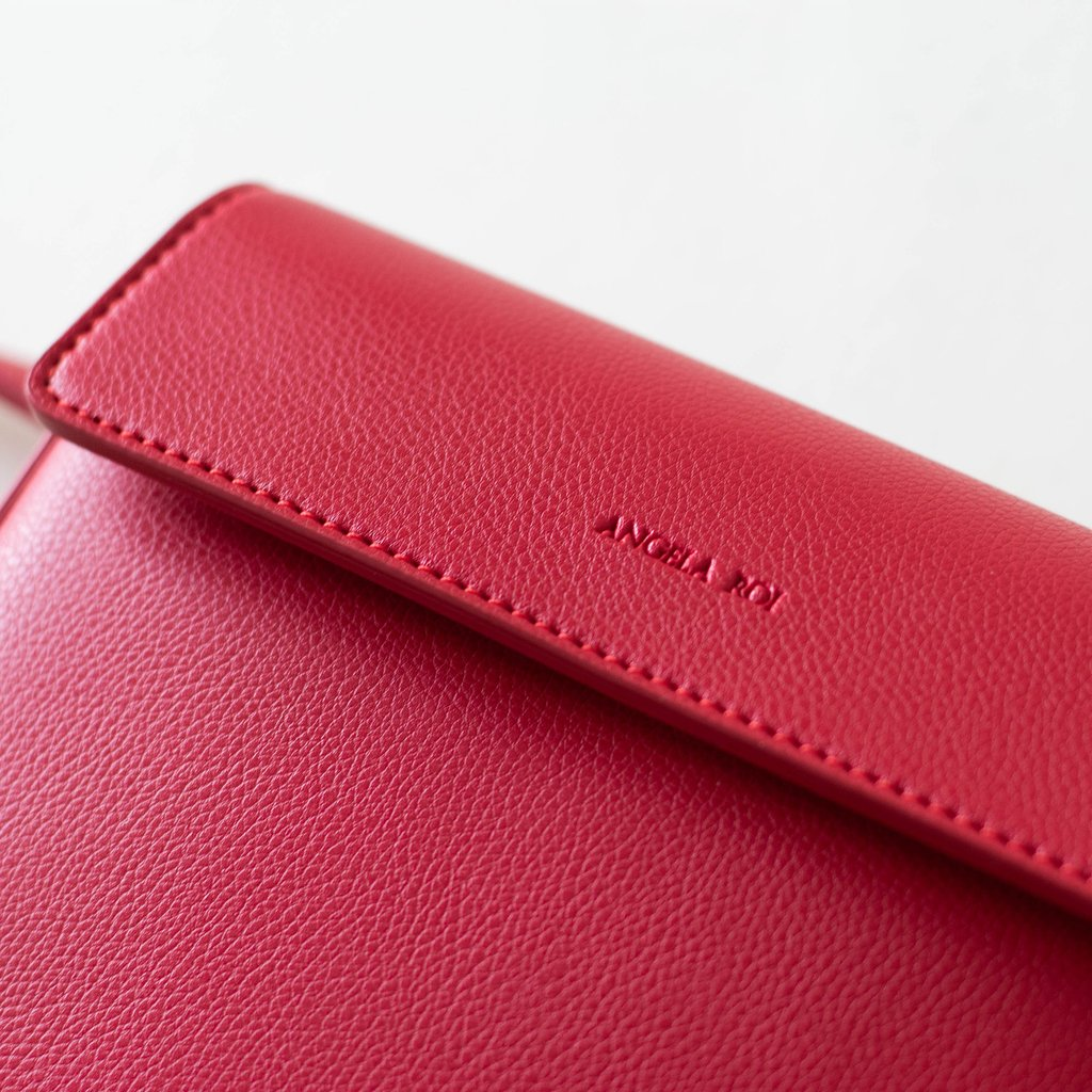 Copy of Hamilton Belt Bag / Cross-body in Red logo close up
