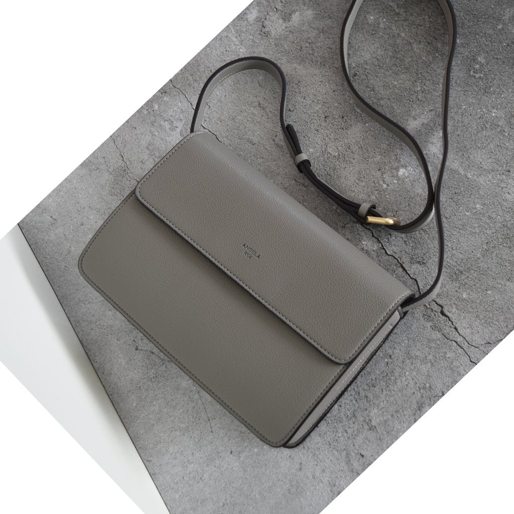 Hamilton Crossbody with Signet in Grey