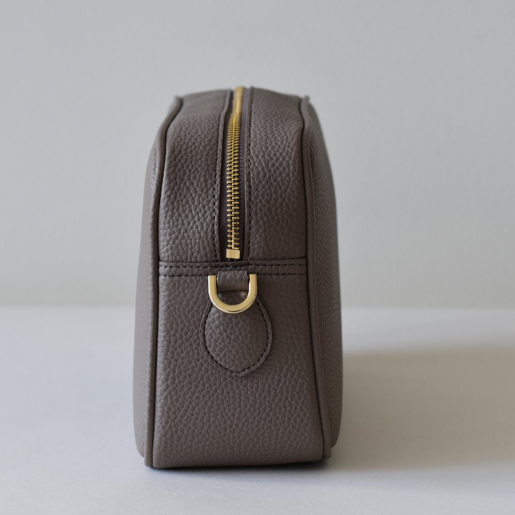 Grace Cross-body in Light Mud Grey