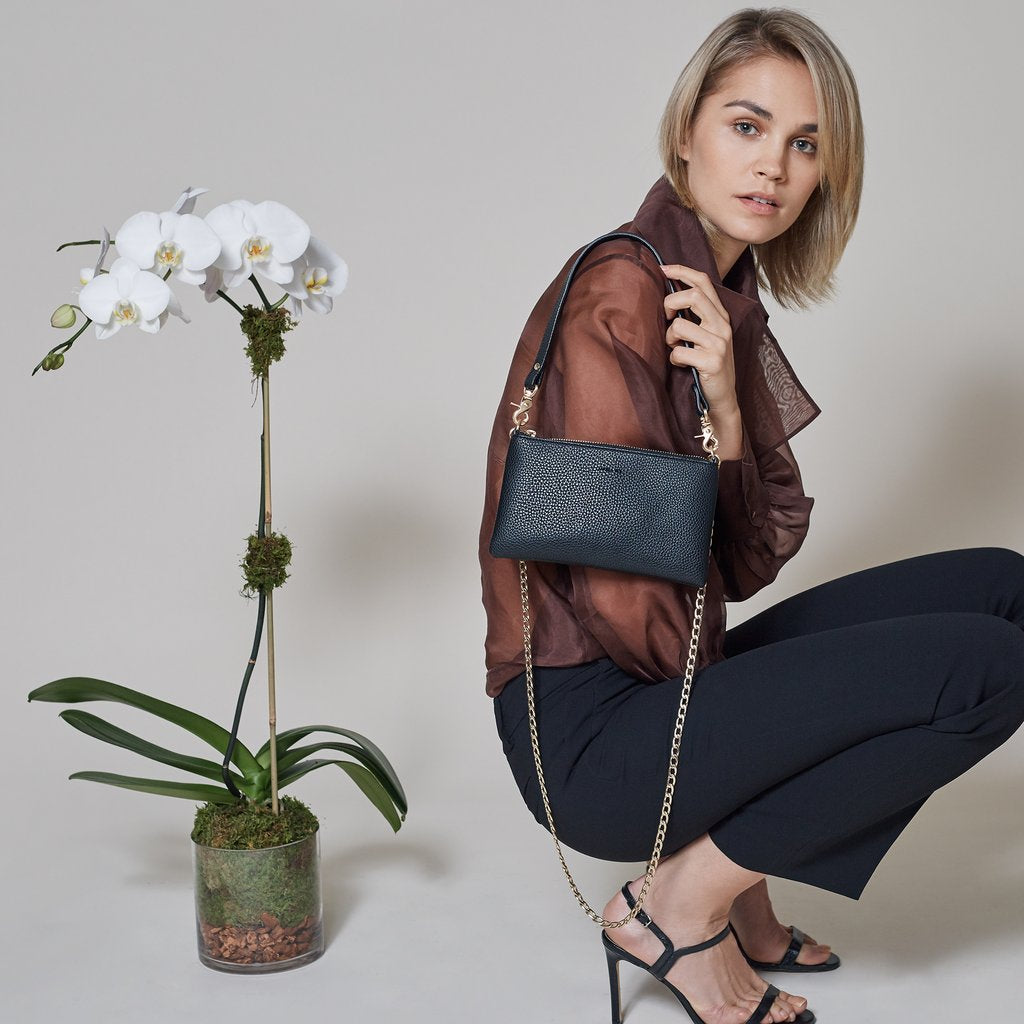 Angela Roi Vegan Zuri Multifunction Pouch in Bordeaux, with model
