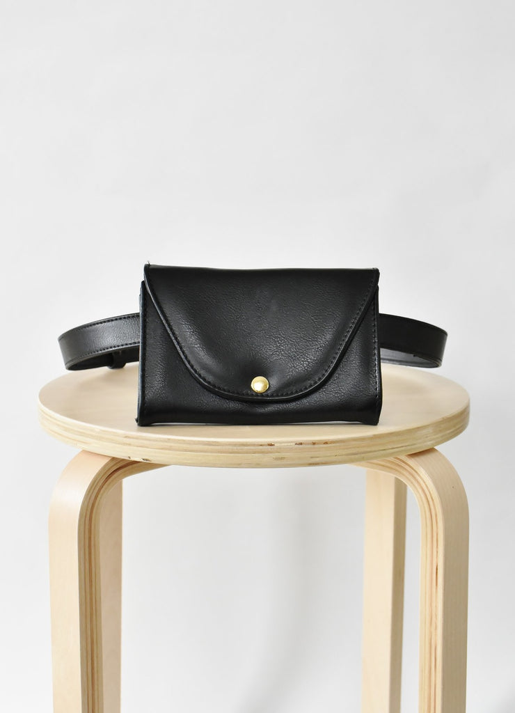 Ceibo Handcrafted Belt Bag in Black, front view