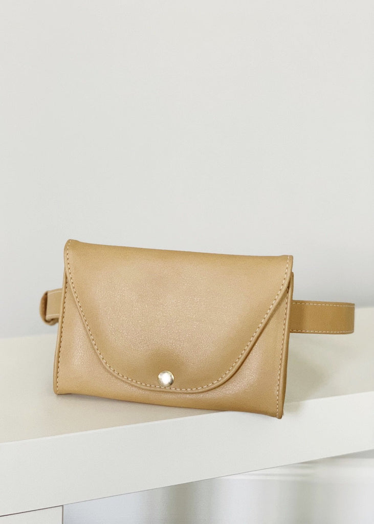 Belt Bag in Camel