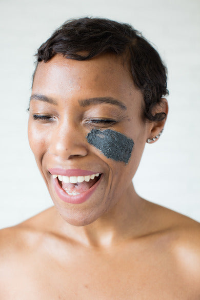 Samudra Skin & Sea Clay Mask, being used by model