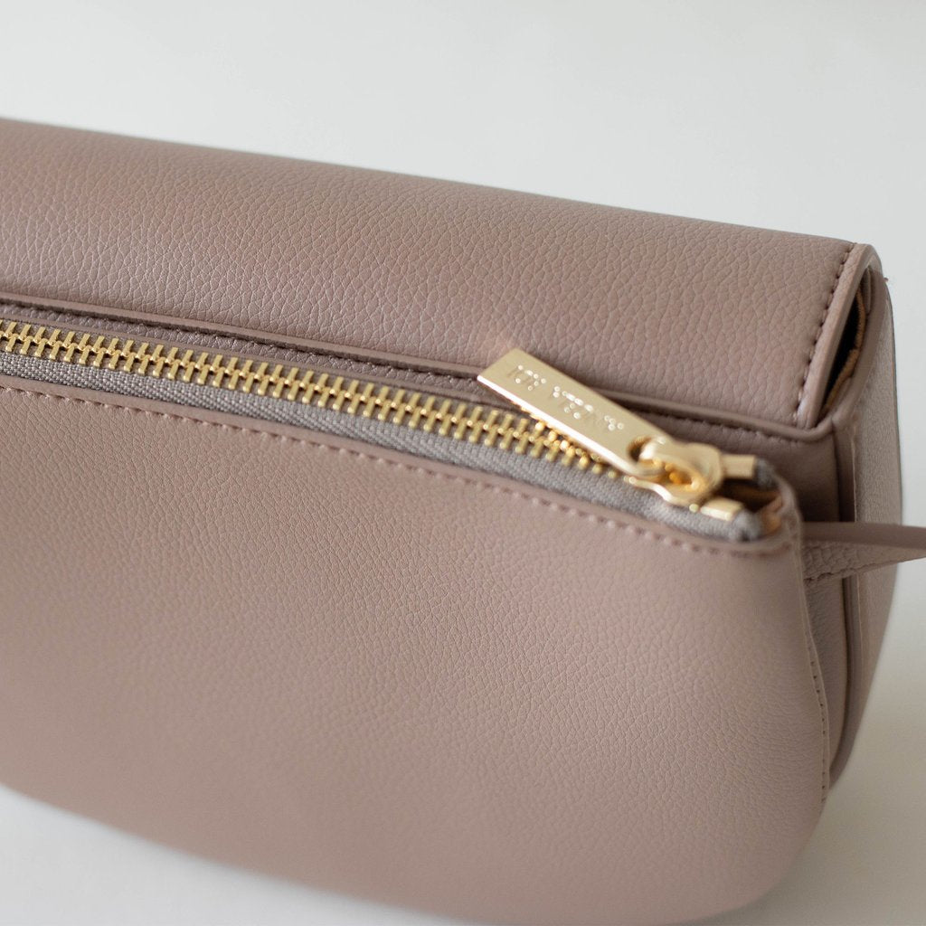Hamilton Belt Bag / Cross-body in Taupe pocket