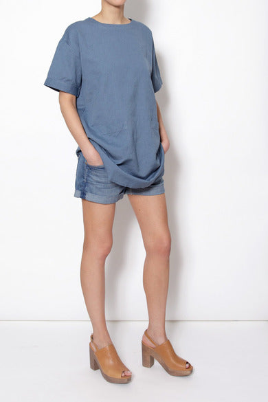 Thinking Mu Linen tunic on model
