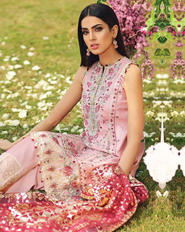 Prominent Pink Colored Casual Pakistani Printed Cotton Suit