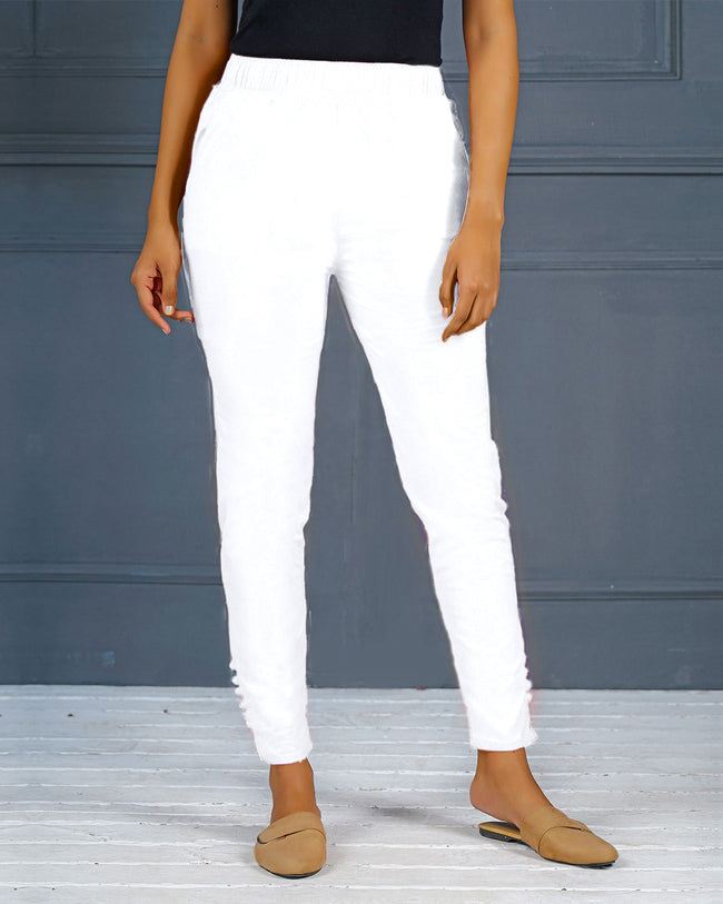 White Solid Stretchable Narrow Fit Pant