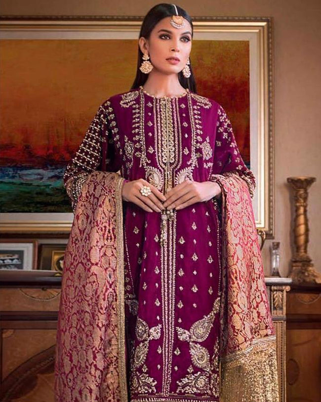 Adorable Magenta Pink Color Georgette Unstitched Pakistani Suits With Banarasi Dupatta