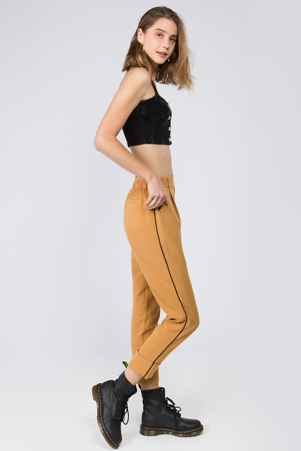 Gia Contrast Stitch Jogger in Camel