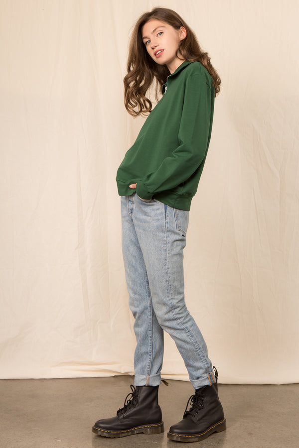 The 90's Sweatshirt in Hunter Green