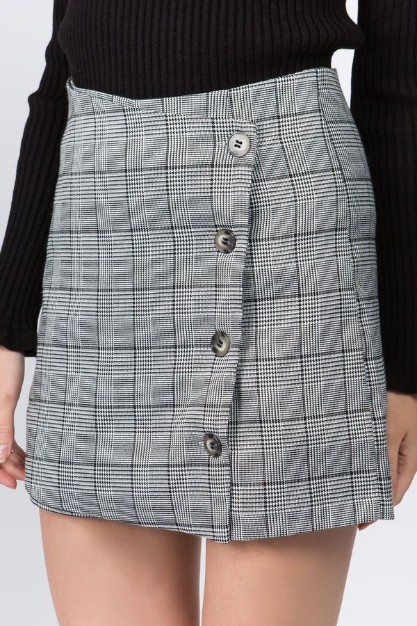 Side Button Plaid Skort