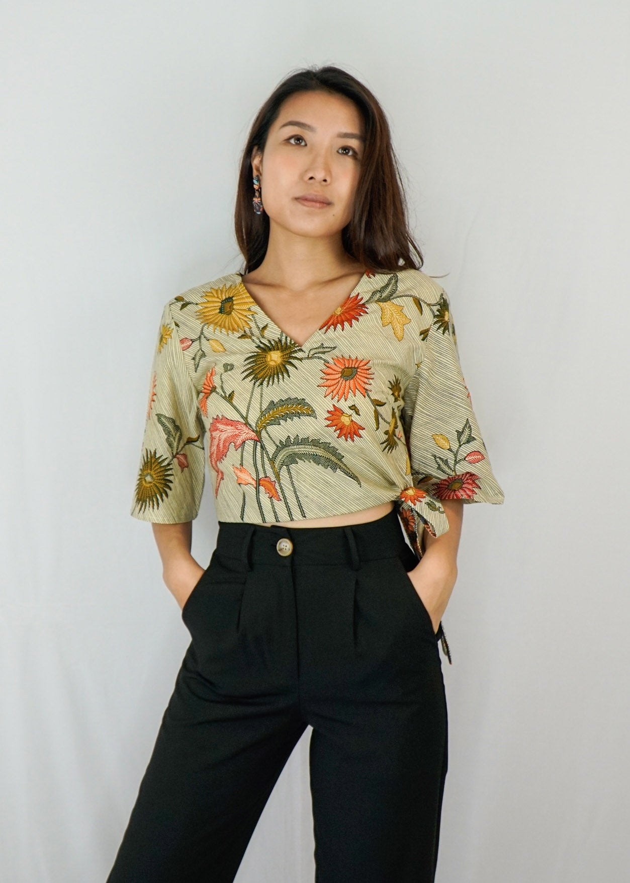 Tracy Flare Sleeves Top in Muted Floral