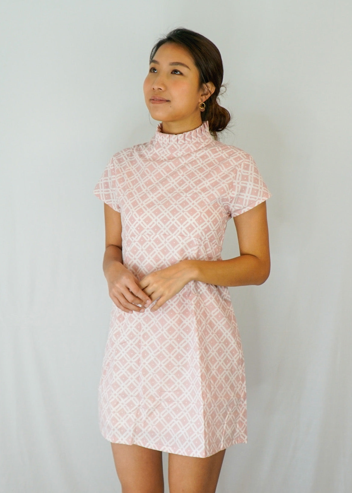 Lily Pleated Collar Mini Dress in Pink Diamond