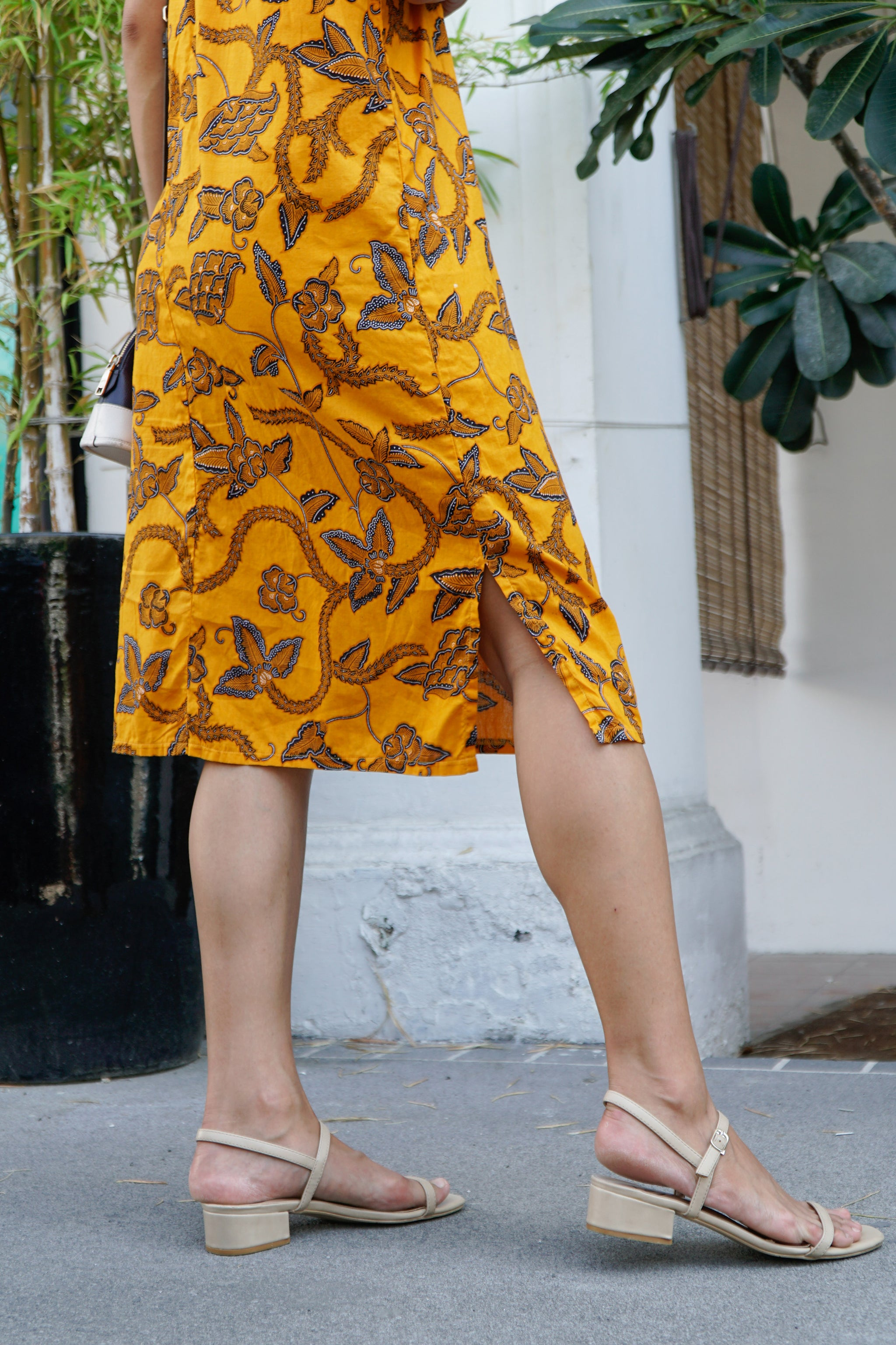 Midi V-back Batik Dress in Mustard