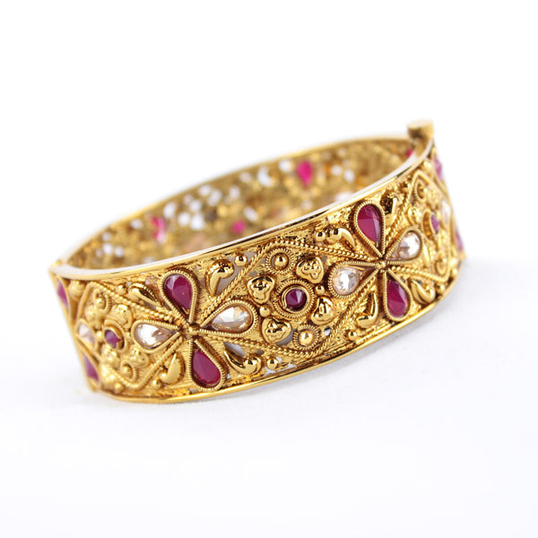 Gold Clover Design Kada - Available in 4 colors