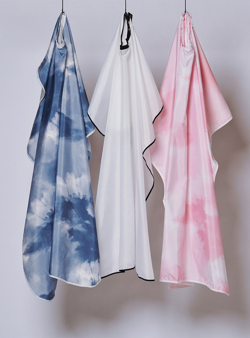 Fromm Pro Professional Hair Salon Blue + Pink Tie Dye & white Hairstyling Capes