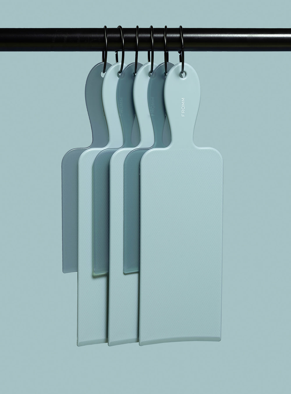 Fromm Pro Professional Salon Baby Blue Balayage Board Set Hanging on Rack