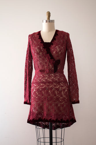 SALE vintage 1930s lace dress with belt