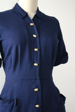 Load image into Gallery viewer, vintage 1950s Bamboo button dress