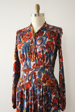 Load image into Gallery viewer, vintage 1940s rayon jersey dress