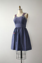 Load image into Gallery viewer, vintage 1940s polka dot sun dress