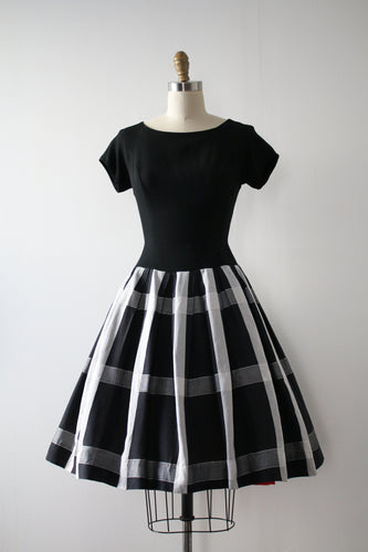 vintage 1950s black and white dress