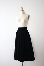 Load image into Gallery viewer, vintage 1950s black velvet skirt