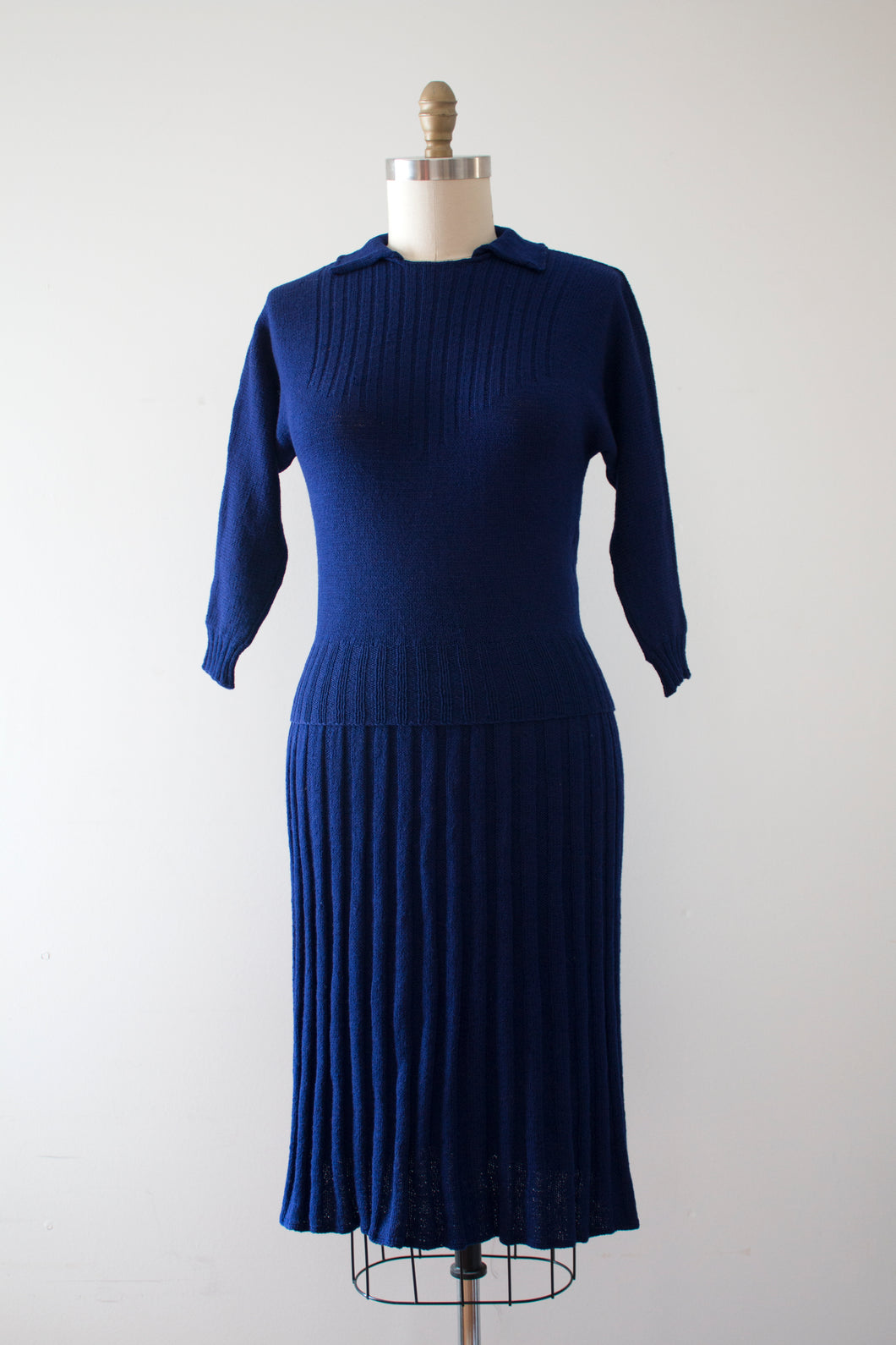 vintage 1940s blue knit dress set