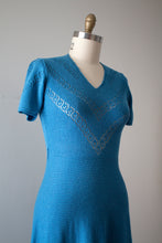 Load image into Gallery viewer, vintage 1940s 50s knit blue dress